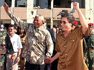 mandela_gadhafi1986.jpg