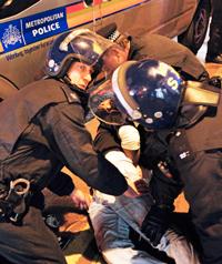 uk_police12-06-2011.jpg