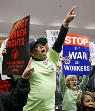 workers_protest04-19-2011.jpg