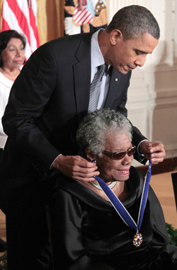 maya_angelou_pres_obama_06-10-2014.jpg