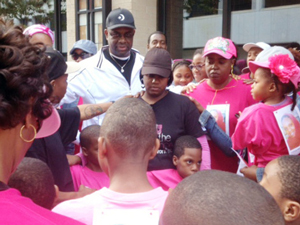 prayer_b4_cancerwalk_05-28-2013.jpg