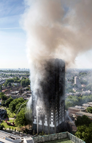 london_highrise-fire_07-04-2017.jpg
