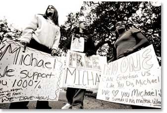 mj_support12-02-2003.jpg