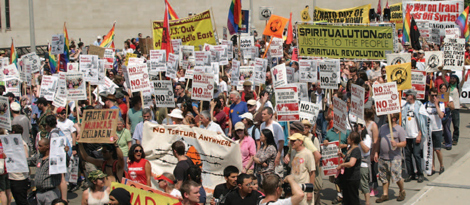 protesters_nato_05-29-2012.jpg