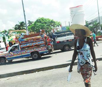 haiti_woman_walking_01-28-2014.jpg