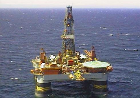 petrobras_oil_platform_10-01-2013.jpg