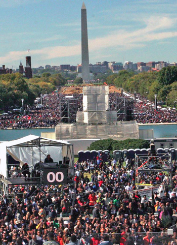 10-10-15-crowd_10-20-2015b.jpg