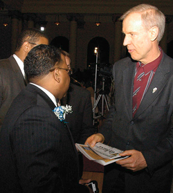 richard_muhammad_gov_rauneraward_03-31-2015.jpg