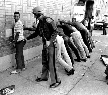 Black-Youth_police_12-04-2018.jpg