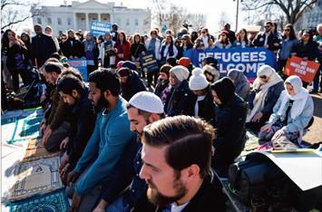 muslim-protesters_02-13-2018.jpg