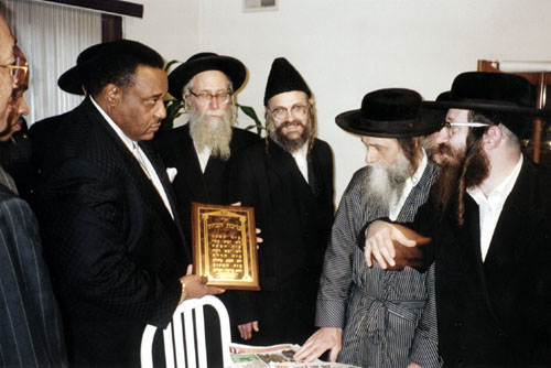 noi_rabbis1-11-2000a.jpg
