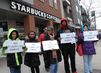 starbucks_protest_06-19-2018a.jpg