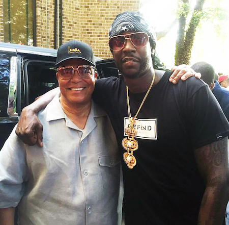 2_Minsiter_Farrakhan_with_rapper_2_Chainz_1.JPG