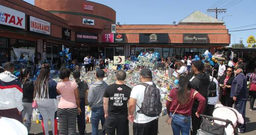 Nipsey-Hussle_marathon-memorial_04-23-2019b.jpg